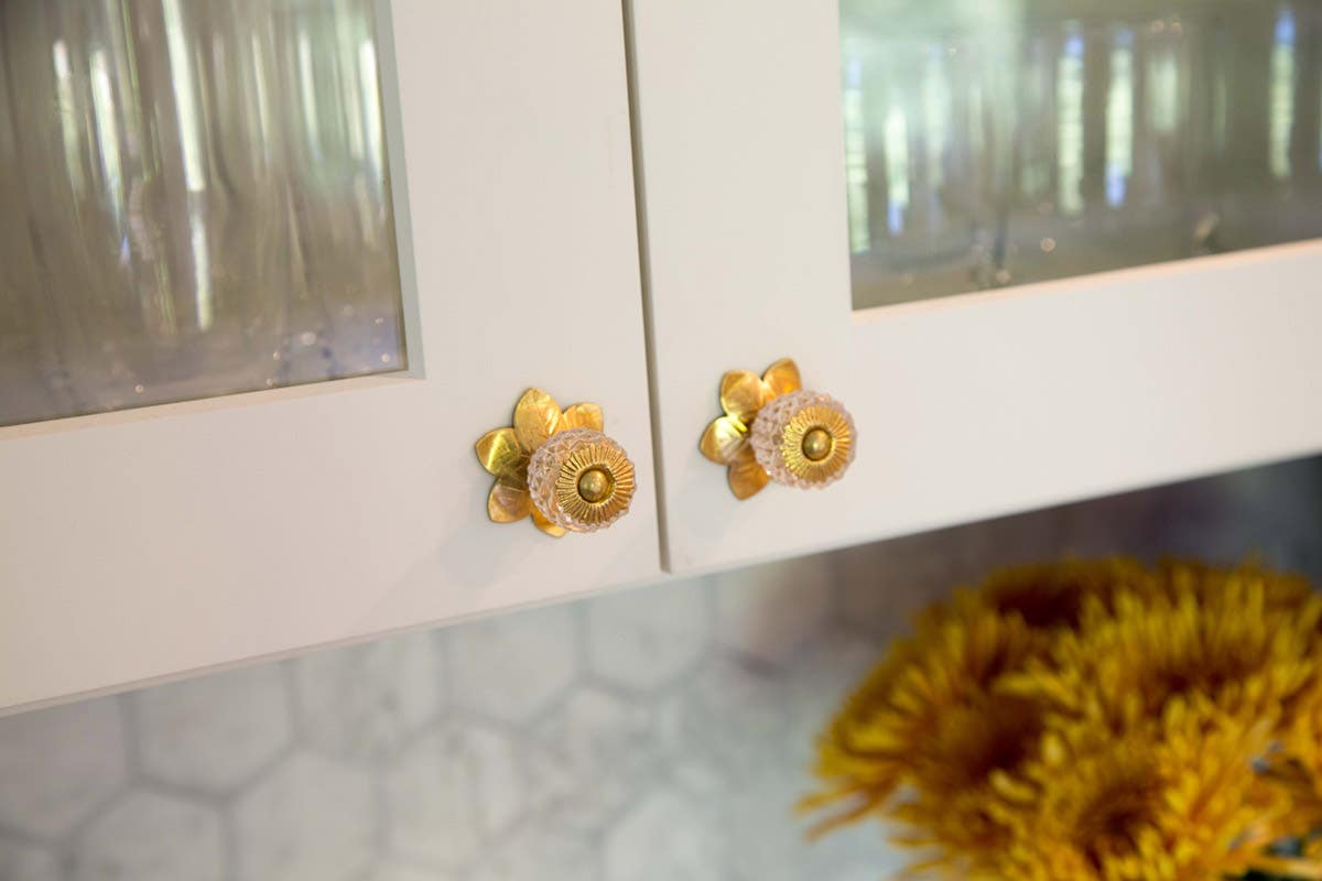 crystal novelty accent knobs gold flower backplate
