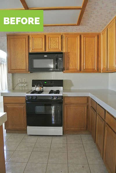 Oak builder grade cabinets and appliances before remodel