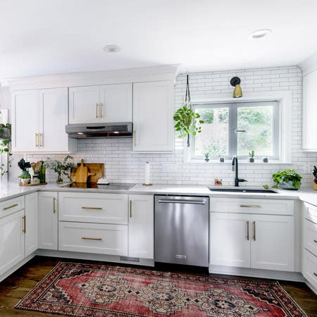 How do I compare kitchen cabinet costs?