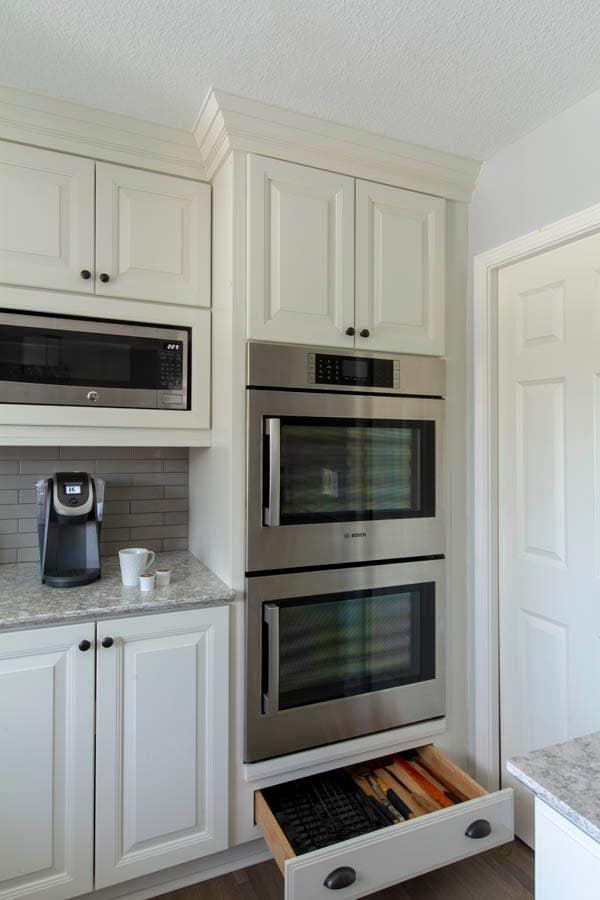 cliqstudios homan carlton white oven