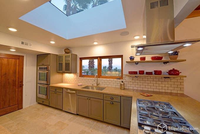 Dayton Kitchen Cabinets from CliqStudios.com