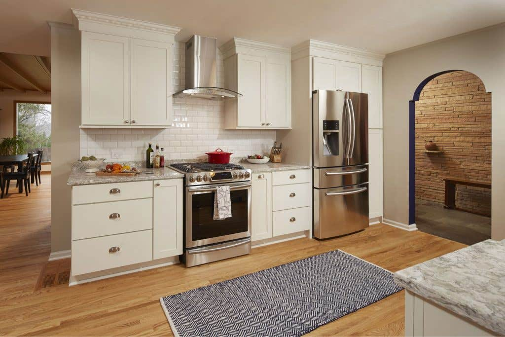 Kitchen Wall with Rockford Shaker Door Style Stainless Oven and Refrigerator